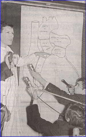 Conférence de presse pour la première greffe du coeur en France en 1968